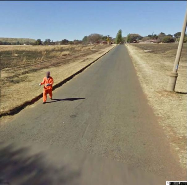 the_most_bizarre_google_street_view_maps_ever_640_15