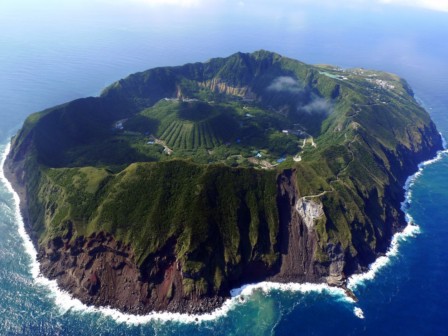 日本って美しい!と感じる、世界に誇れる絶景・秘境15選