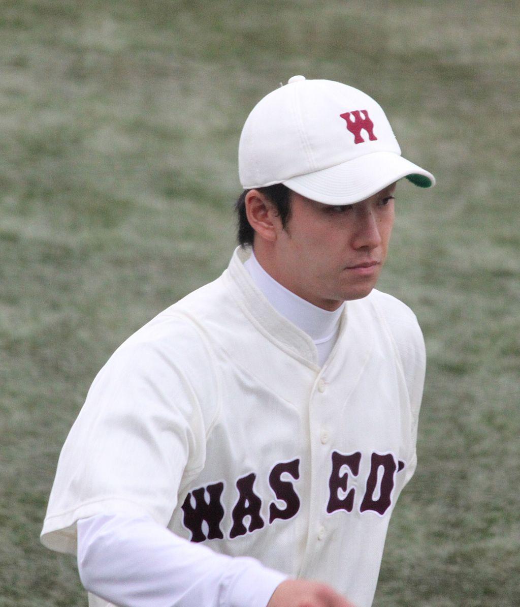 Yuki_Saitō,_pitcher_of_the_Waseda_Baseball_Club,_at_Meiji_Jingu_Stadium