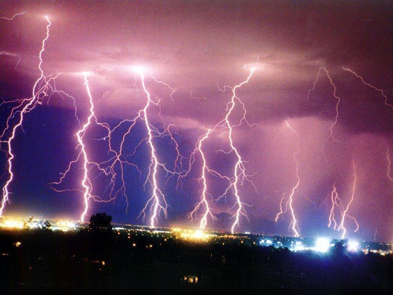 scary_lightning