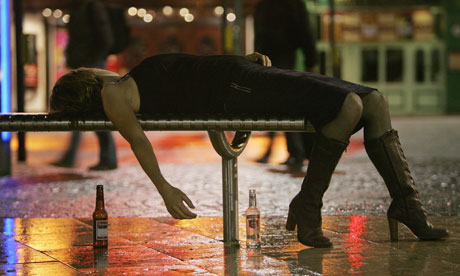 Drunk-woman-on-bench-006