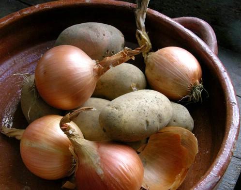 9-onions-potatoes