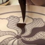 これが究極の職人技!美しすぎる「九谷焼」の絵付けが世界から絶賛