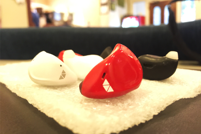 earpieces_featured_image1-821x547