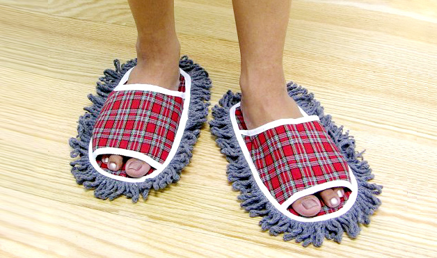 10-Jobar-Plaid-Dust-Mop-Slippers
