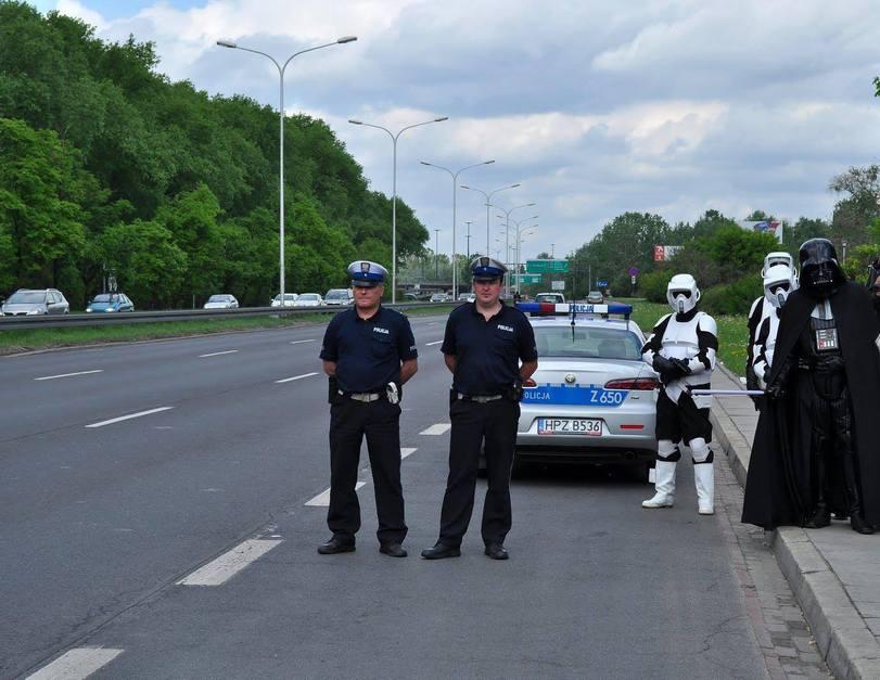 police-darth-vader-Stormtrooper-1151330