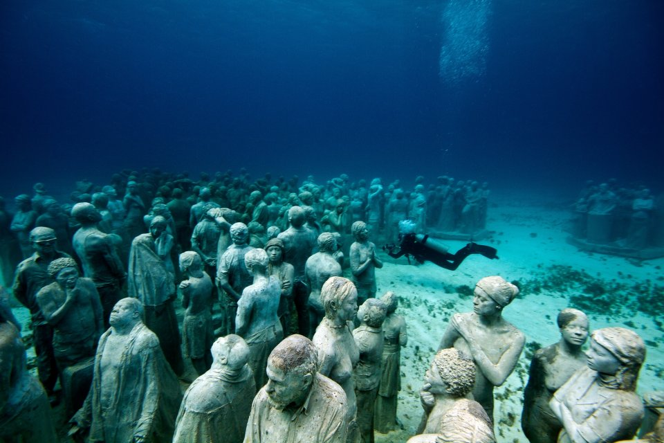24-overview-evolution-mexico-jason-decaires-taylor-sculpture