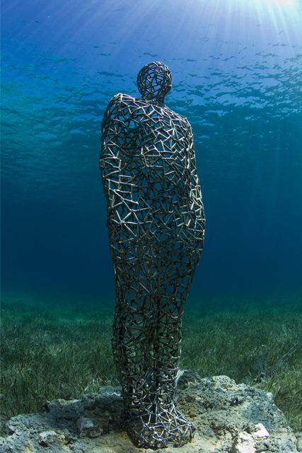 vein-man_jason-decaires-taylor-sculpture-art-02 (1)