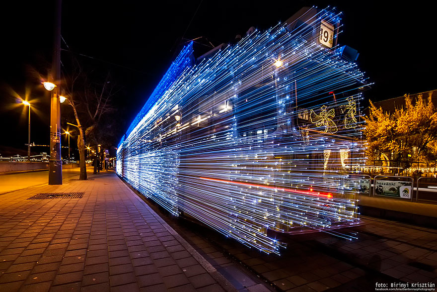 budapest-christmas-tram-2