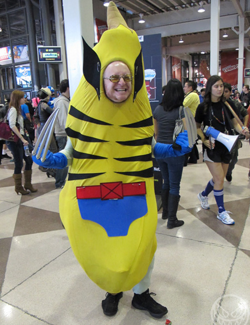 funny-cosplays-bananawolverine