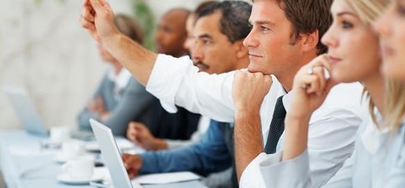 会議中に頭がよく見えるシンプルな技10選