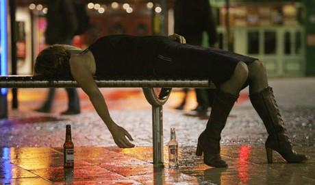 【こっそり烏龍茶】お酒が飲めない人にしかわからない14のこと