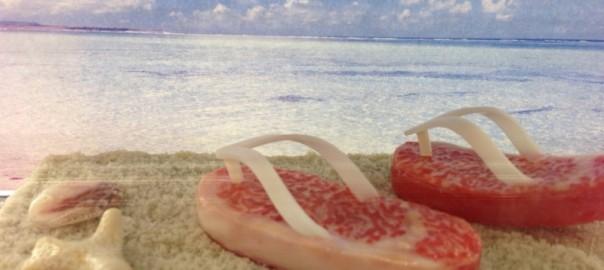 海で人気者!クリエイティブすぎるサンダル12選