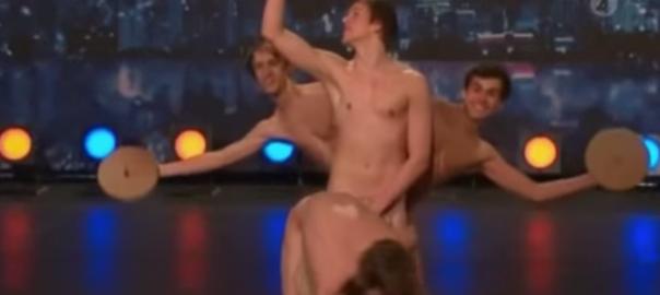 閲覧注意?イケメン4人が「裸踊り」したらまさかのスタンディングオベーション
