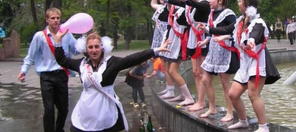 russian-high-school-graduations-12