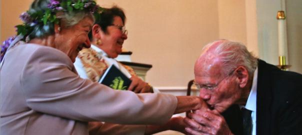 62年越しの恋!92歳の男性が忘れられない人に1通のラブレターを送った