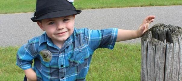 【米ミネソタ州】5歳の男の子が1年3ヶ月に渡り村長を務め上げる
