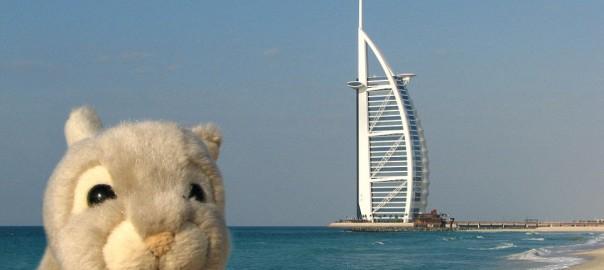 【悲報】世界中を旅してきたウサギの人形「バニー」がイタリアで失踪する