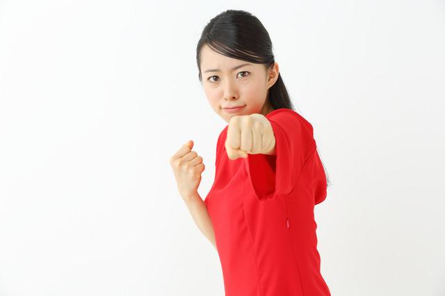 女性たちのストーカー気質な行動8