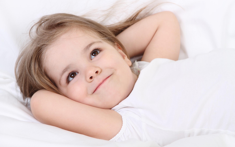 子供の笑える行動の画像