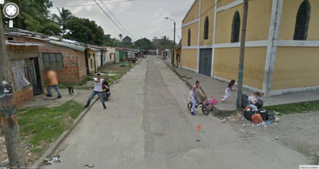 the_most_bizarre_google_street_view_maps_ever_640_31