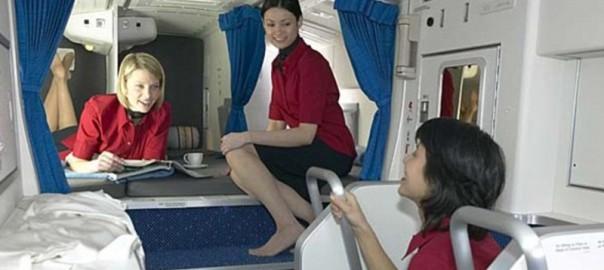 【ドキドキ】飛行機にこんな場所があるなんて!CAたちの秘密の花園