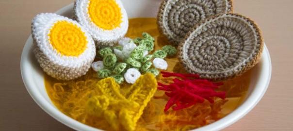 素敵な発想!編み物で作られたラーメンが可愛すぎる。