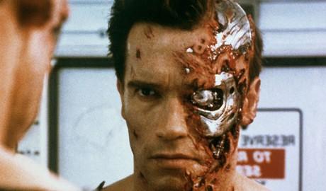 【筋肉がNOと叫んだら、私はYESと答える。】男のヒーロー、シュワちゃんの筋肉哲学