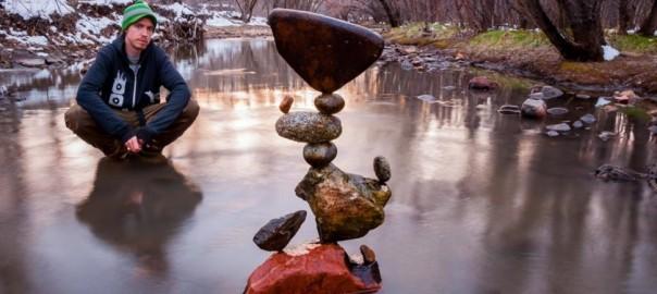 究極の繊細さ。石を積み上げたアートの完成度が高すぎる