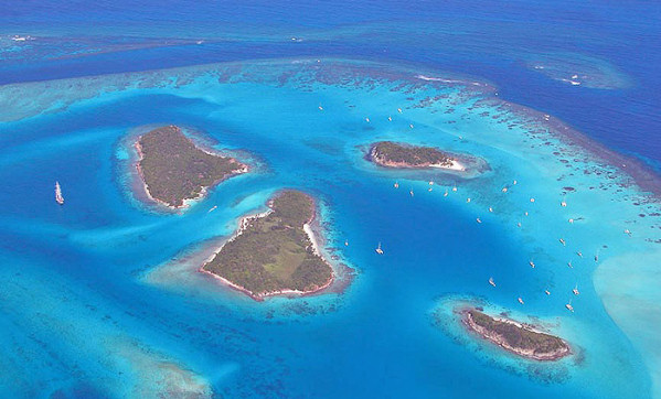 grenadines_from_air