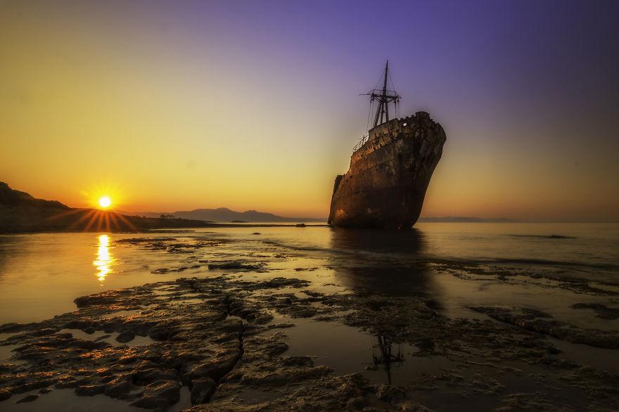 Sunrise1__880