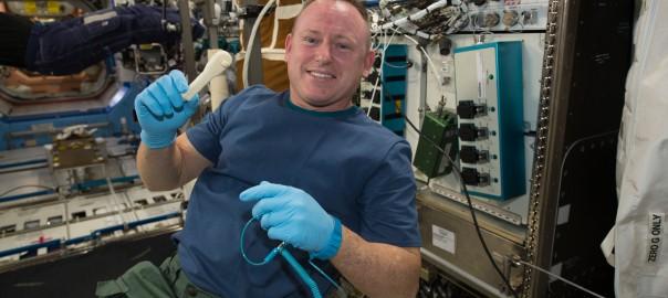 NASAが宇宙に工具をメールで送信することに成功