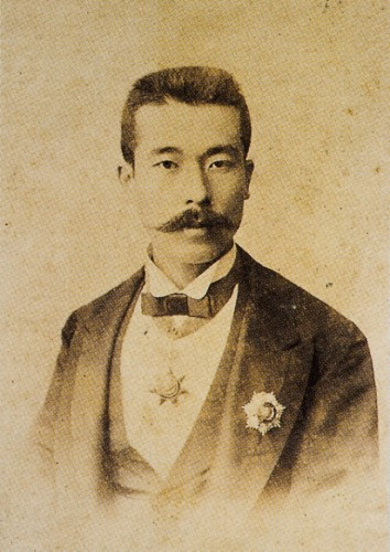 8.-PortreYamada-Torajiro-Joshufu-s.29JSH_0863-354x500