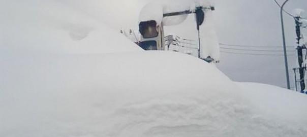 【信号機が戦闘不能】雪国でありがちなこと10選