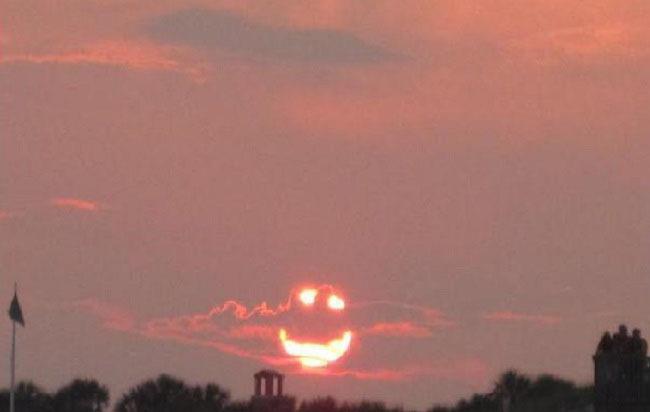 笑顔の夕焼け