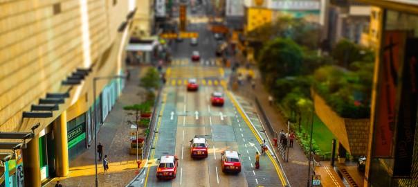 大都会がミニチュアに?! 香港の街並みをジオラマにする写真がかわいい