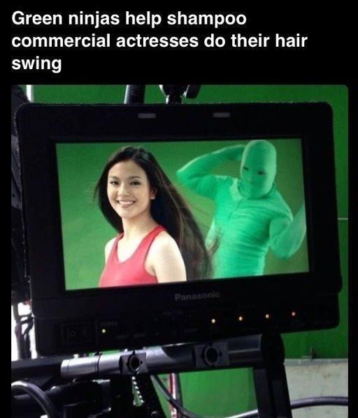CMで髪をなびかせる方法を表した画像