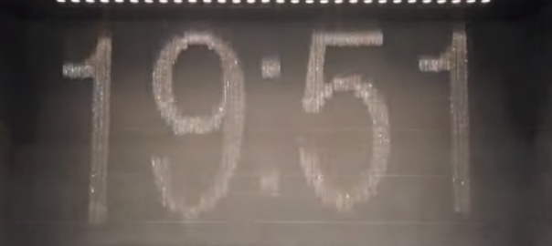 【大阪の本気】駅に設置された水時計の美しさに、世界が驚愕!(4:13)