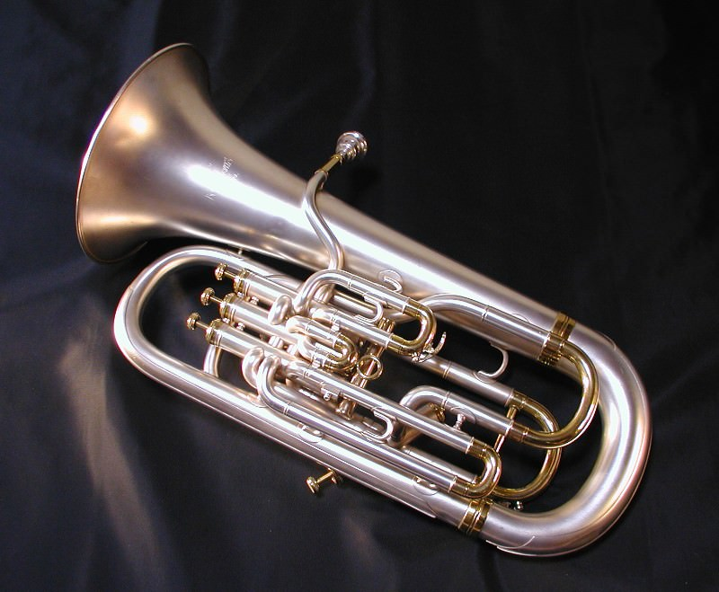 Euphonium_Boosey_and_hawkes