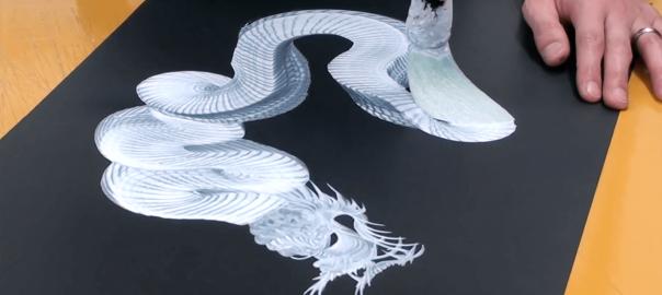 白い龍に命を吹き込む。日本人の精巧な技が世界中で大絶賛
