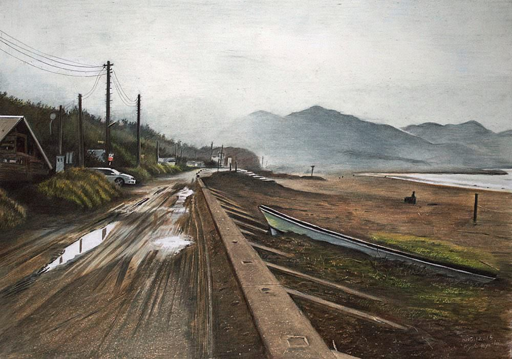 色鉛筆画家の林亮太の「朝霧の海岸 南房総市岩井」の画像