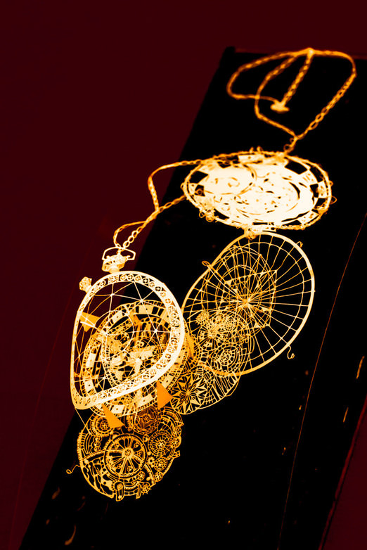 懐中時計の立体切り絵