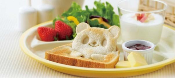 朝食が待ち遠しい!食パンがパンダになるアイテム♡