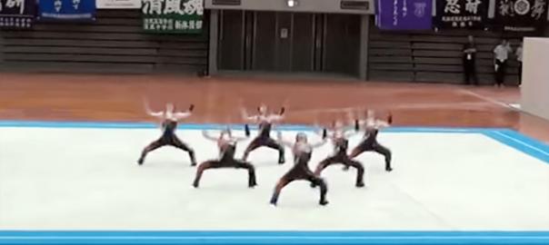 スゴい上に面白い!鹿実高校新体操部が本気の「ようかい体操第一」