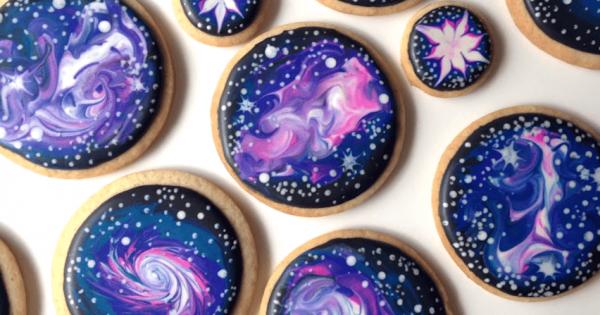 【口に広がる大宇宙】誰でも簡単に作れるギャラクシー・クッキー