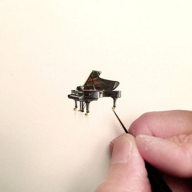 Unbelievably-Tiny-Paintings-By-Karen-Libecap (1) (1)