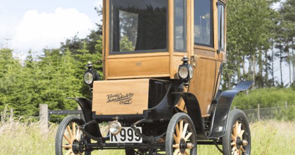 blogs-daily-details-110-year-old-electric-car-11