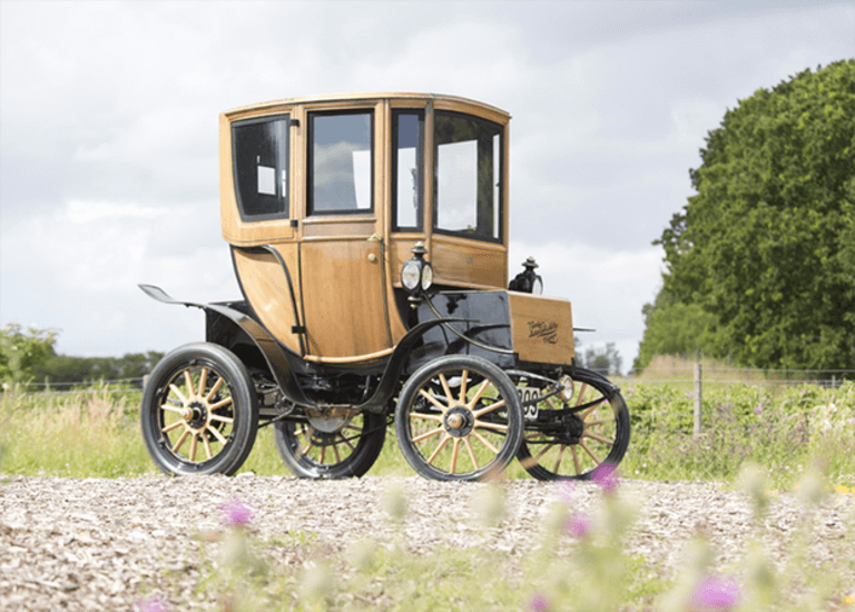blogs-daily-details-110-year-old-electric-car-10 copy
