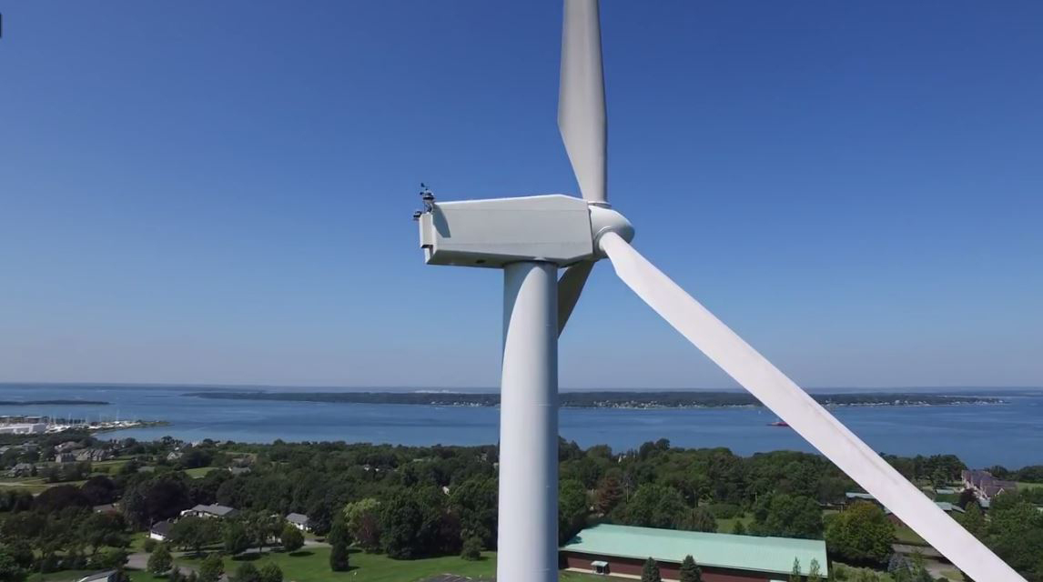 風力発電 日光浴1