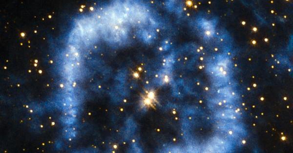 【最期の輝き】星が一生を終える瞬間の美しさに心を奪われる